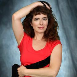 Izabella Marengo, danse, arts visuels, chanson, modèle