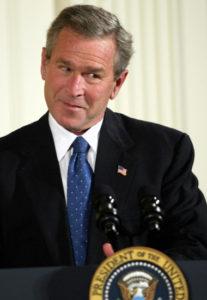 Le Président George W. Bush en novembre 2003. Photo Tim Sloan/AFP/Getty Images