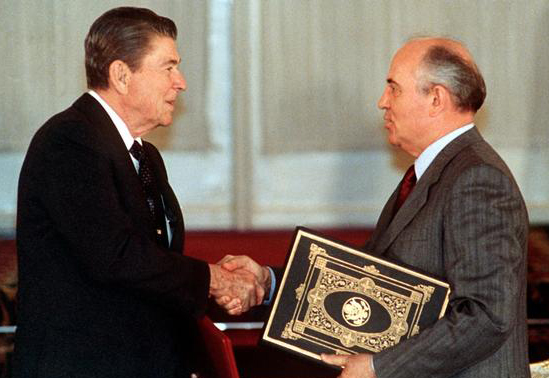 reagan_gorbatchev